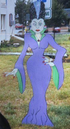 Bride of Frankenstein, Huge Hallowen Outdoor Yard Display, 6 feet tall, Wood Yard Art