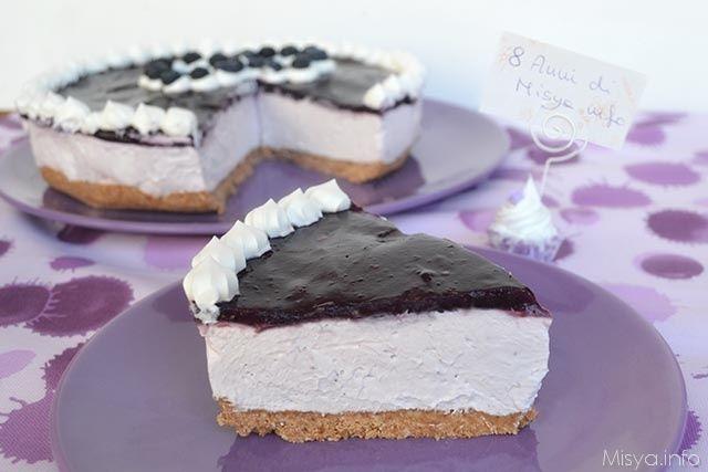 Cheesecake ai mirtilli, scopri la ricetta: http://www.misya.info/2015/04/23/cheesecake-ai-mirtilli.htm