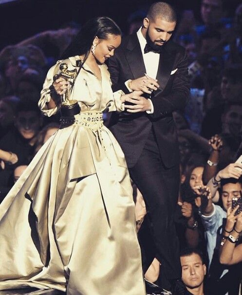 King and Queen; I want them to get married and have the most beautiful kids in this world<3