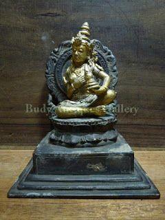 Budy Antiques Gallery : Patung Perunggu Lapis Emas `Pendharmaan Ratu`
