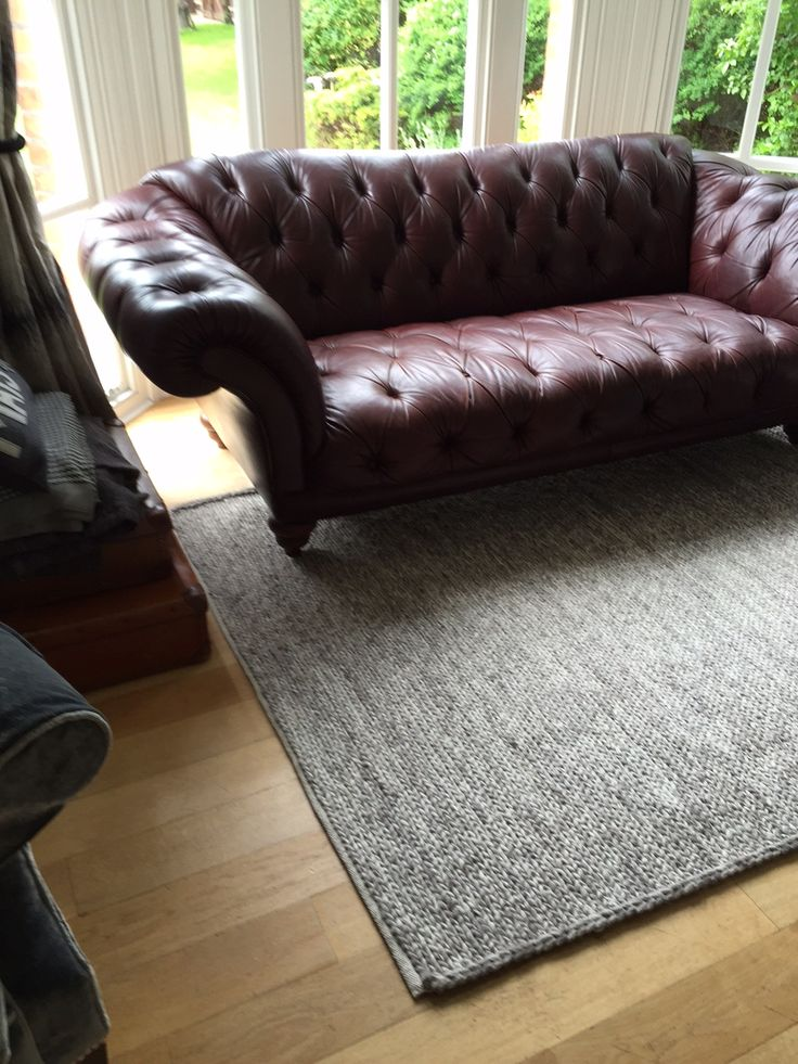 Sofa/ rug and floor colour. Walnut or oak Voga coffee table. Or not coffee table at all?