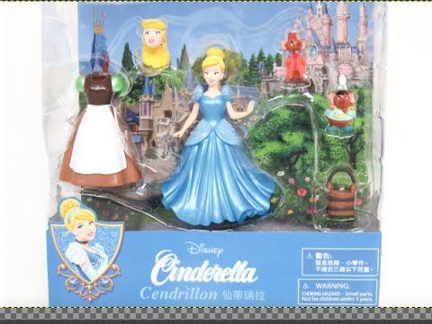 Disney Princess  Fairytale Fashions Outfits Dresses Doll