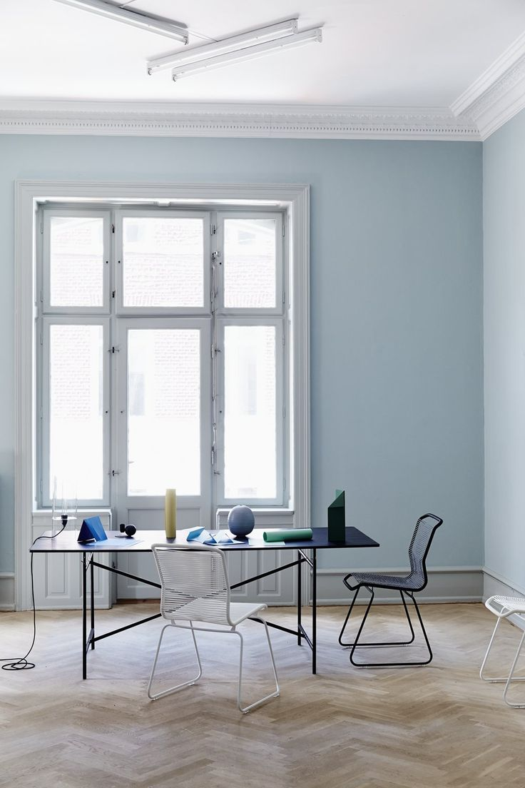 Panton One is all about sitting on your favorite colour. #montanafurniture #furniture #interior #inspiration #danishdesign #diningroom #design #chair #vernerpanton #pantonone