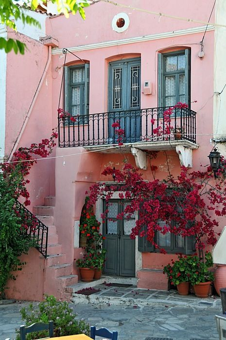 BEAUTIFUL GREEK HOUSE