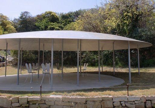 休憩所としてつくられた「中の谷東屋」犬島観光のおすすめ