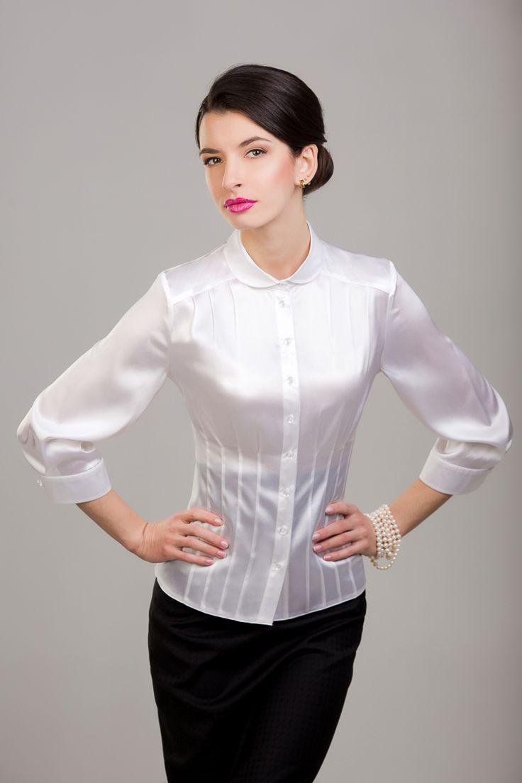 Bracelet satin blouse