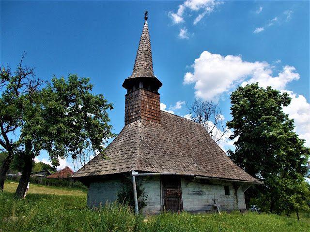 Turismul în România: Biserica de lemn din Zalnoc