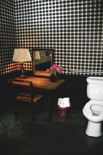 Gingham wallsPot Of Gold, Design Decor Ideas, Gingham Wall, Black And White, Bathrooms Decor, My Heart, White Gingham, Bathroom Decor, San Francisco