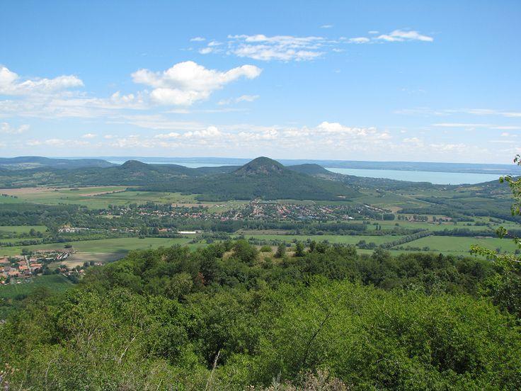 Szent György-hegy Dél-Keleti kilátópont (Kisapáti közelében 1.1 km) http://www.turabazis.hu/latnivalok_ismerteto_5115 #latnivalo #kisapati #turabazis #hungary #magyarorszag #travel #tura #turista #kirandulas