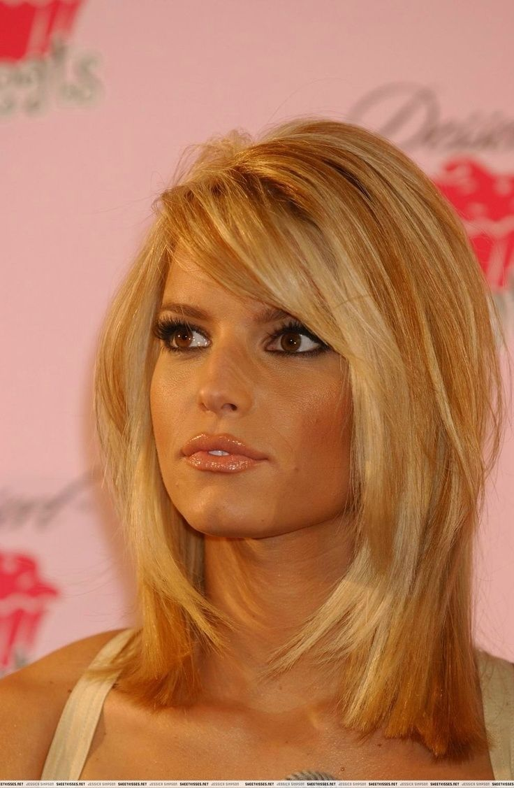 Medium Haircuts Jessica Simpson Jessica Simpson Looks Hair Short Pinterest Bangs Cut