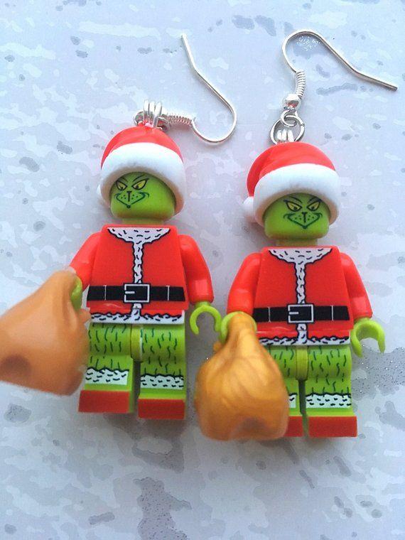 Dies Ist Eine Grinch Minifigur Ohrringe Er Ist Etwa Ist 5cm Hoch Alle Stucke Sind Sicher Angebracht So Gibt Es Keine Ve Grinch Handgemachte Geschenke Etsy