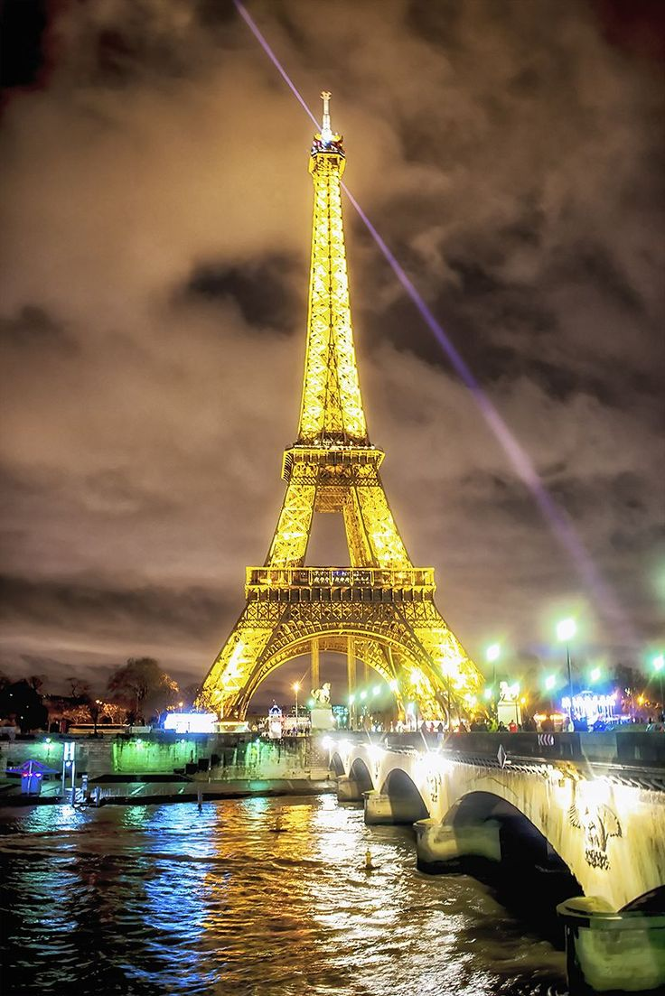 One Of The Most Difficult Conundrums In Traveldom Is Planning A Trip To  Paris Simply