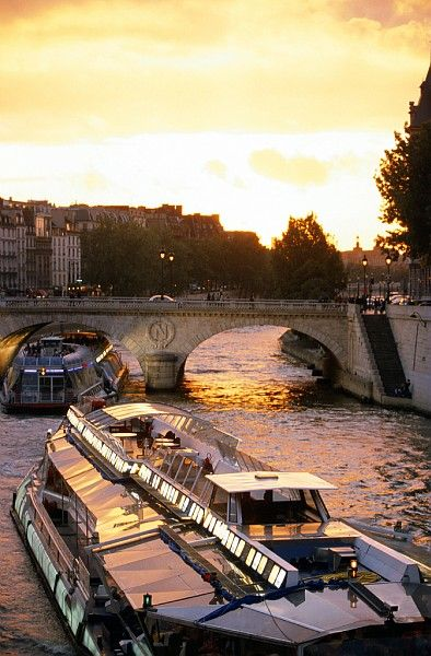 "On my first trip to Paris, we took a cruise on the Seine, I insisted we take a Bateau-mouche because I remembered it from French I and wanted the ""authentic"" experience."