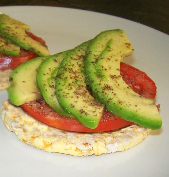 Maxines Burn : Corn Thins with Tomato and Avocado