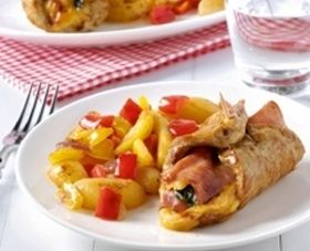 dinsdag: Vleesrolletjes met ham en kaas en gebakken aardappelpartjes