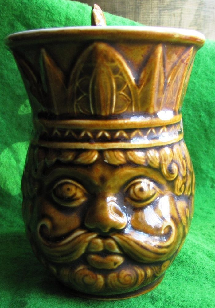 Vintage USSR Russia beer Mug Moscow IZOLATOR King Dadon Rooster Fairy tale