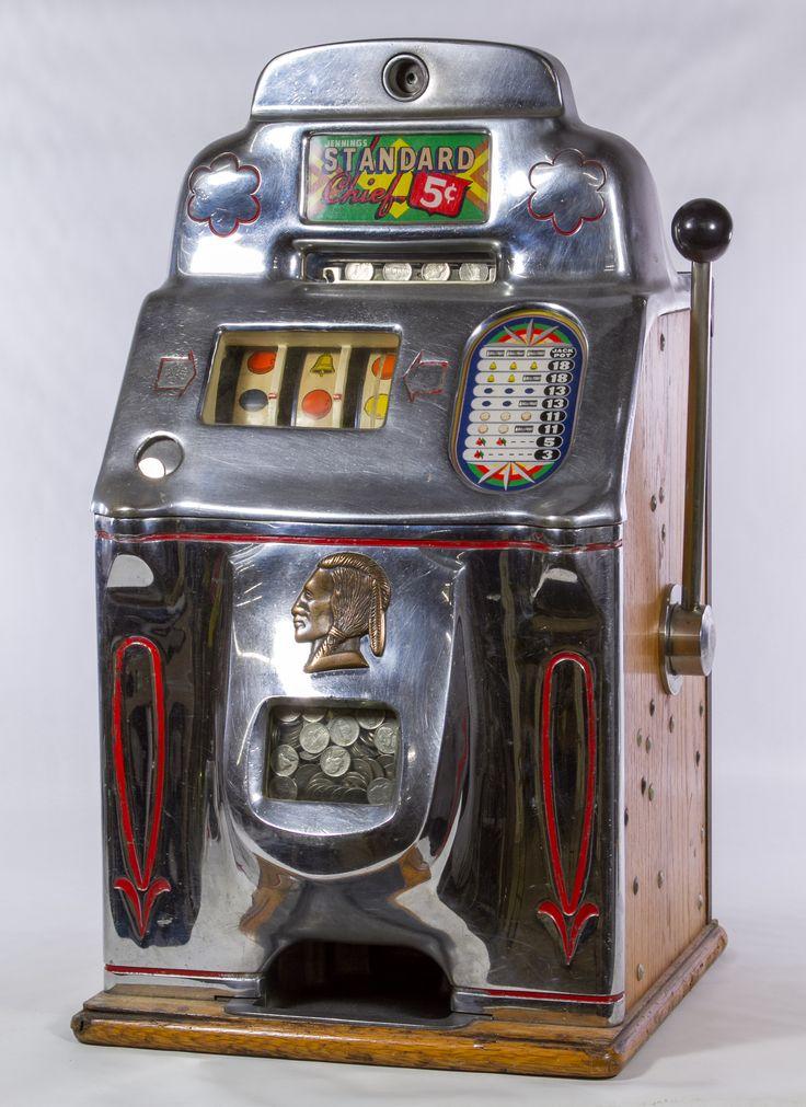 Chiave tubolare universale slot machine