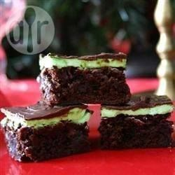 Brownies de chocolate com recheio de menta @ allrecipes.com.br