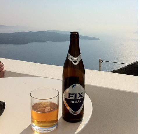 Μπύρα FIX στο μπαλκόνι με θέα την Θάλασσα!!! #fixhellas