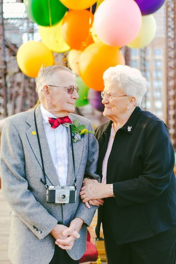 """Couple Married 61 Years Ago Takes """"Up"""" Inspired Anniversary Photos:"""