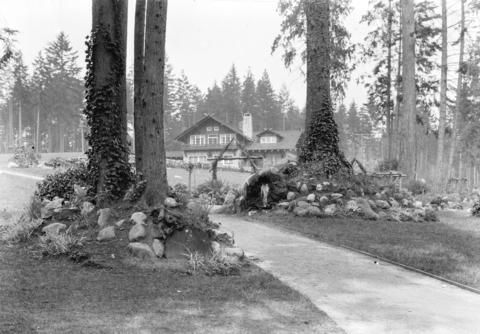 [The Pavilion at Stanley Park] - City of Vancouver Archives