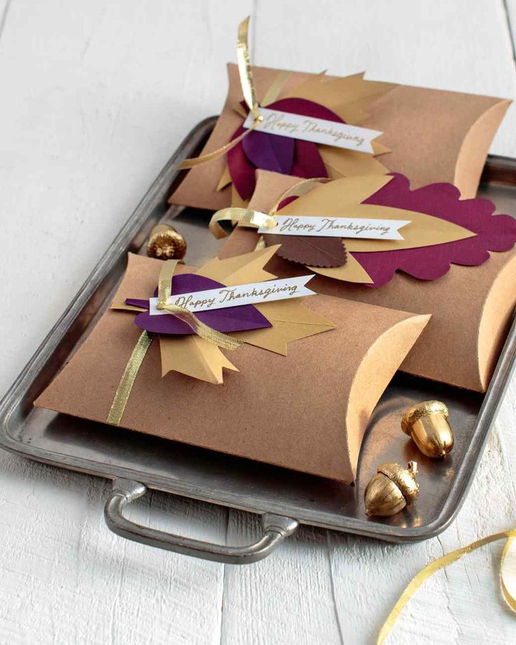 Leafy DIY Boxes for Your Thanksgiving Party Favors