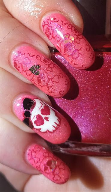 27 best 26 great nail art ideas images on pinterest presents this time the tarts are showing you ideas for red pink manis prinsesfo Choice Image