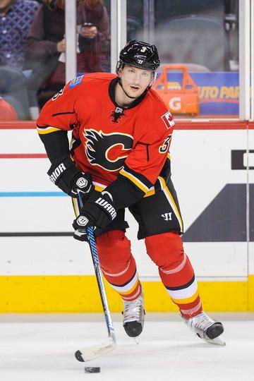 Ladislav Smid #3 Calgary Flames