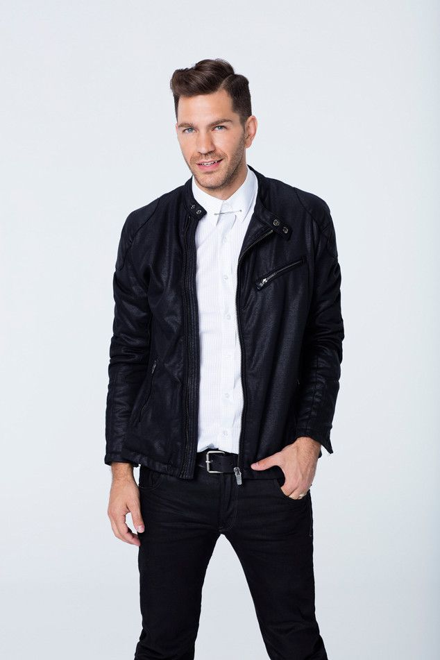 "Andy Grammer from Dancing With the Stars Season 21: Check Out the Cast! The ""Honey I'm Good"" crooner is partnered with Allison Holker."