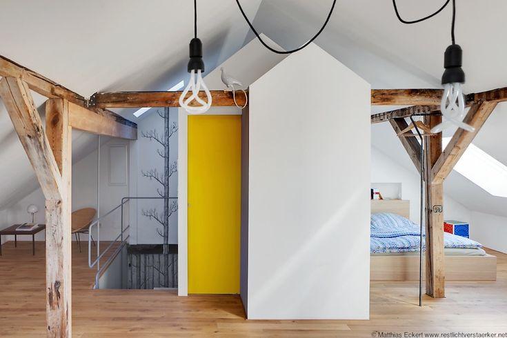 Ferienwohnung Einrichtung von Mark Pohl  Design Klassiker im Bauhausstil