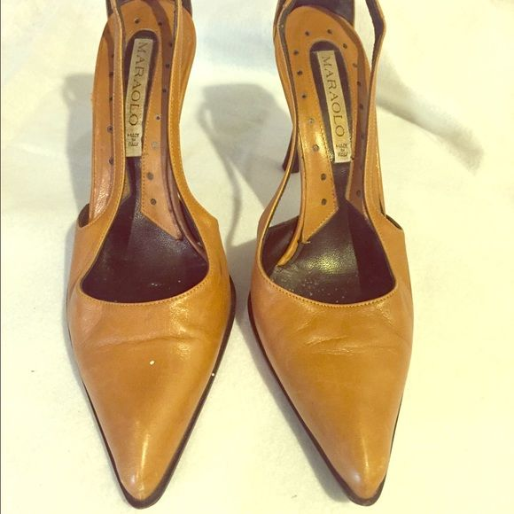 Maraolo Dark Beige Shoes - Size 8.5 Color: Dark Beige. Made in Italy. Pre-owned. Maraolo Shoes Heels
