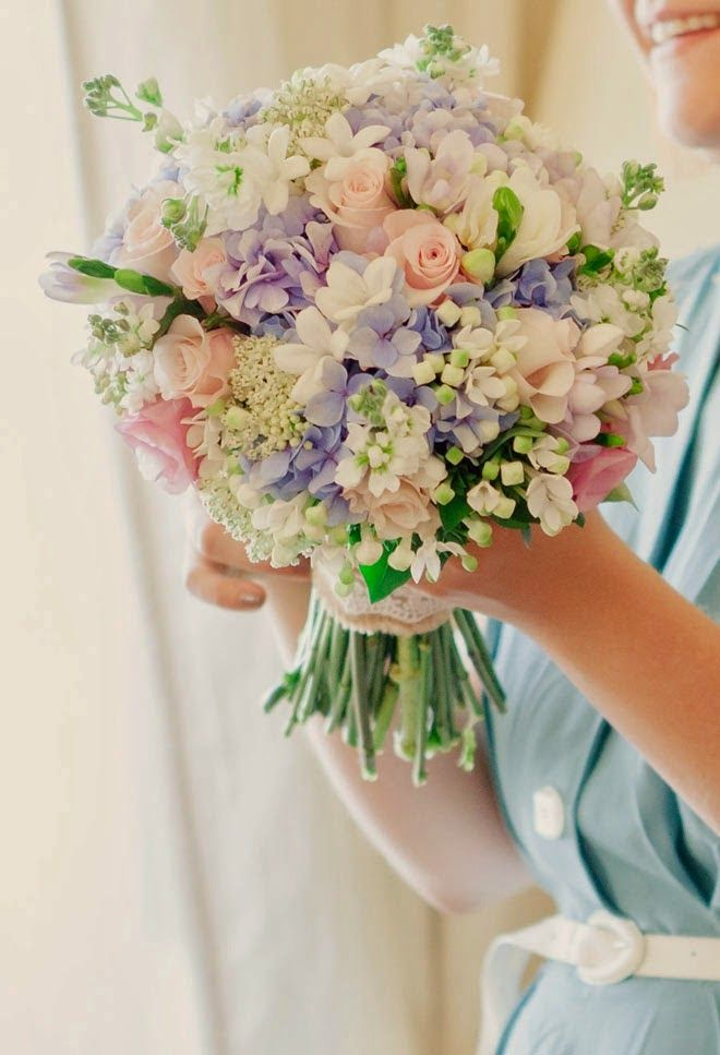Best Wedding Bouquets of 2014 ~  Matt And Lena Photography, Martins Alves | bellethemagazine.com