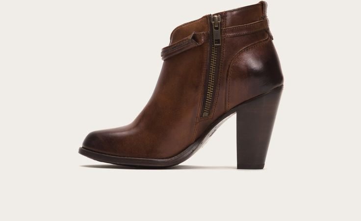 Caramel - Jenny Seam Short | FRYE Boots