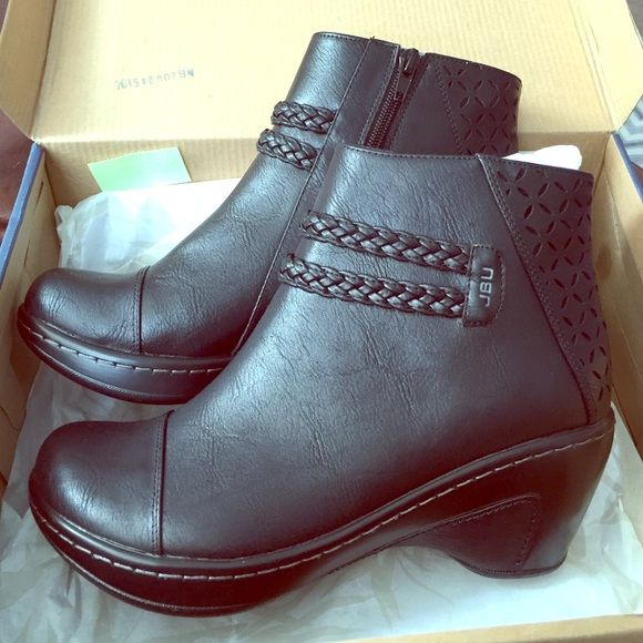 NWT! Jambu boots NWT! Black ankle boots. Size 8.5. Sorry, NO PAYPAL, NO TRADES Jambu Shoes Ankle Boots & Booties