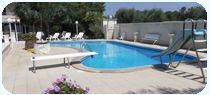 appartamenti #Gallipoli con piscina  #vacanze in #salento  Trilocale Superior con piscina situato in località TORRE SUDA - Gallipoli a 850 metri dala mare. Composta da: 2 camere matrimoniali , soggiorno con angolo cottura e divano letto matrimoniale, 1 bagno, , posto auto, aria condizionata (facoltativa a pagamento) e piscina.  per info Tel. 0833/908833  #casevacanzegallipoli #casevacanzesalento #villesalento #appartamentigallipoli #appartamentipuglia #holidayinapulia #holideyingallipoli