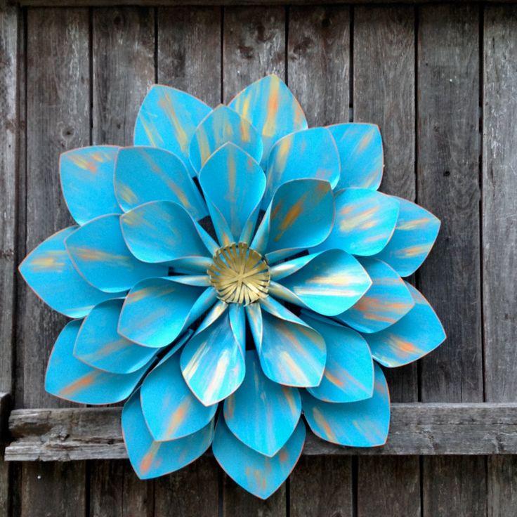 Exlarge turquoise blue wgold wall flower 22 large