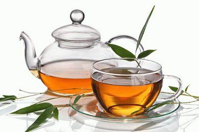 ВРАЧИ РАССКАЗАЛИ, КАК НЕЛЬЗЯ ПИТЬ ЧАЙ... Так не стоит пить чай: важные советы специалистов для вашего здоровья. Многие люди привыкли начинать утро с чашечки чая – это становится для большинства ритуалом. Но нужно знать о многих тонкостях…