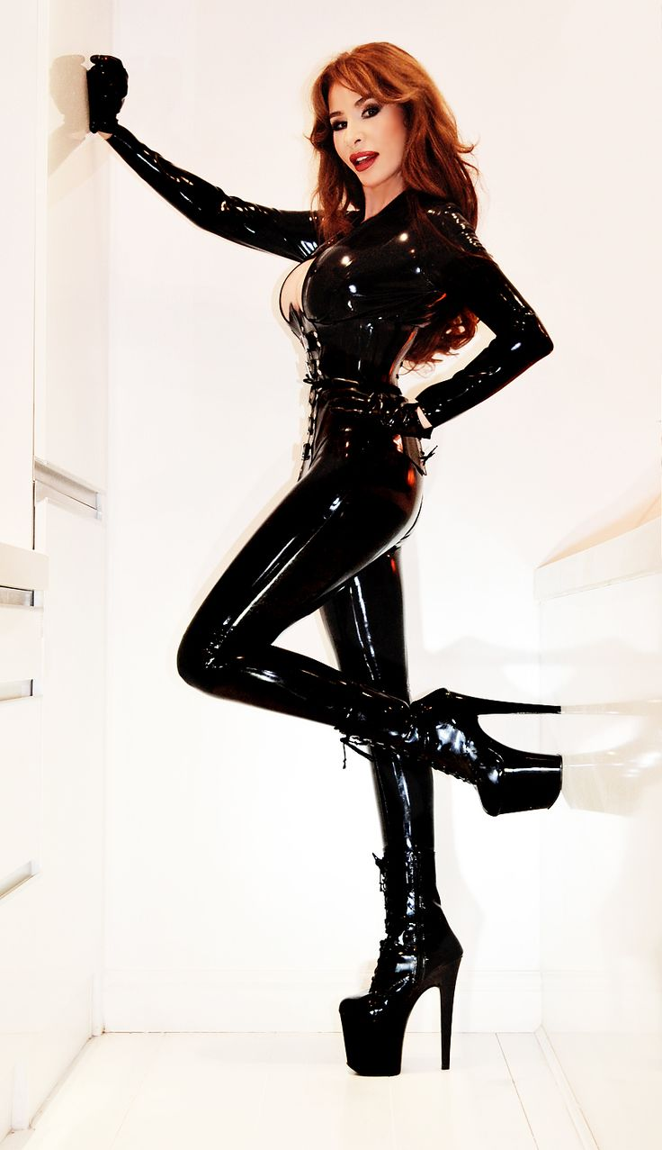 hugetits high class dominatrix