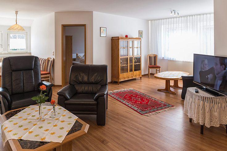 Zimmer und Ferienwohnungen im Haus Rita am Bodensee | Haus Rita (Pension) in Stetten bei Meersburg am Bodensee