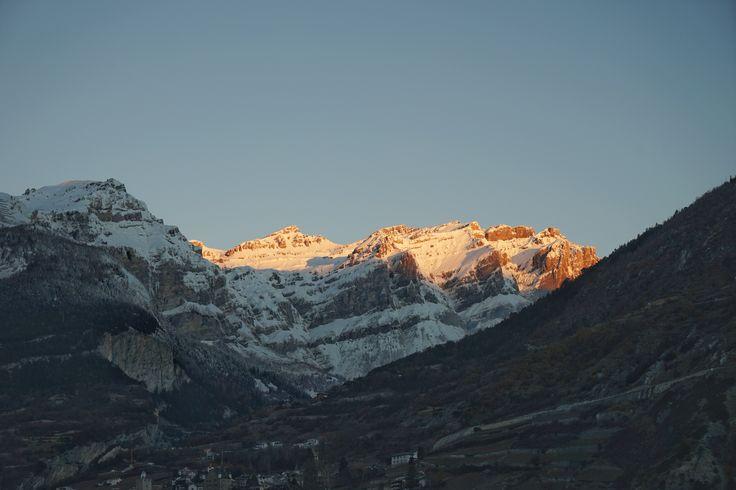 Schweiz  Suisse Switzerland Wallis Valais Leuk Berge