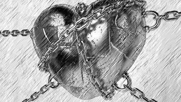 pin auf gebrochenes herz  broken heart