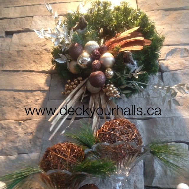 Christmas Wreath Decorating homes and biz for the Holidays in Toronto.  www.deckyourhalls.ca