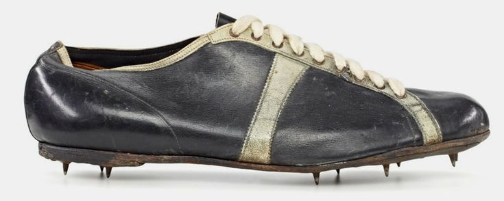 lina radke-batschauer – modell waitzer – 1928, sprint shoe worn at the olympic games in amsterdam  shoe size: 3,5 (uk), 152 g