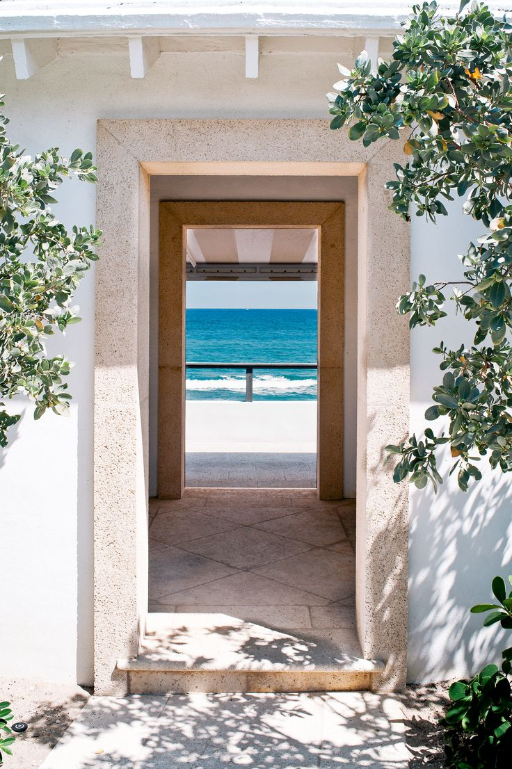 There are only six streets in the North End of Palm Beach that have cabanas for the residents of that street. We're smitten for 256 Mockingbird Trail's!