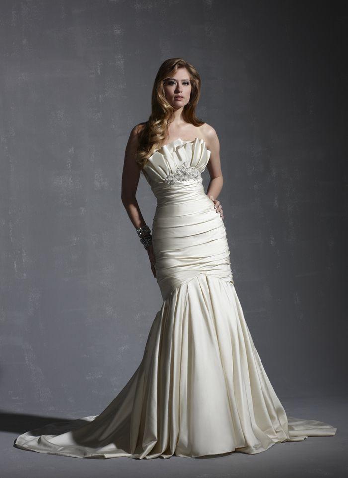 107 best Unique Wedding Dresses images on Pinterest   Wedding frocks ...