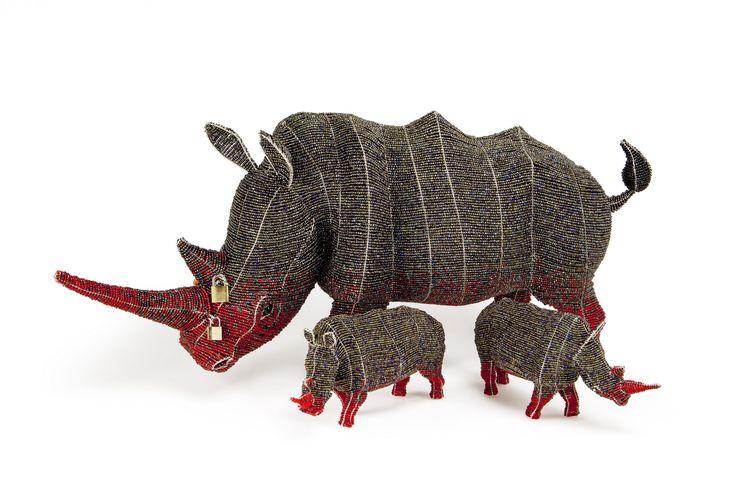Locked Horn Rhino - large and small #stoprhinopoaching #africancreative #beadandwireart