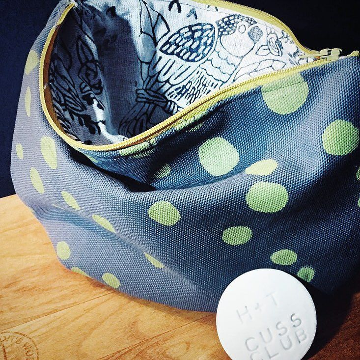 Eight days to HT@UNBC! HT Gift Guide idea #3: Purses. For people whose pockets are full. #hunterandthistlegiftguide #UNBCartisansfair #hunterandthistlefairs #UNBC  HT@UNBC October 29  30 10am-4pm (both days) 3333 University Way (UNBC)