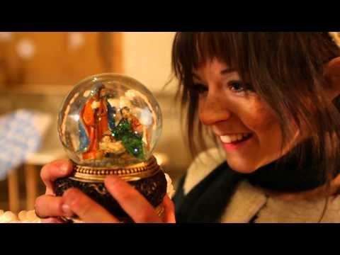Lindsey Stirling performing a wonderful medley of 'Celtic Carols'.