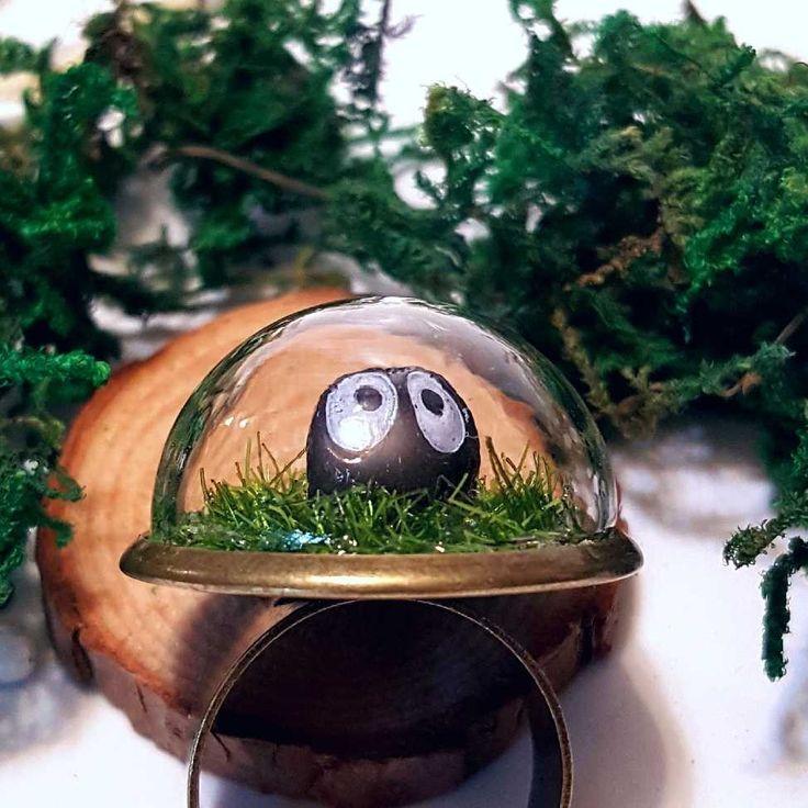 Cute Mini Terrarium Ring - Miniature Moss Terrarium, Fairy Garden, Gift, Bronze, Forest Ring Glass Dome. FREE SHIPPING! https://www.etsy.com/ca/listing/545122068