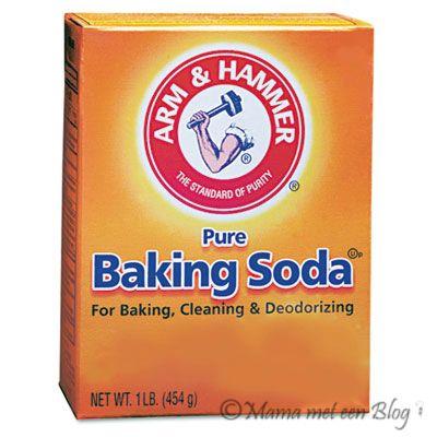 De beste tip om je vloerkleed schoon te maken met backing Soda, je vind hier het recept om je tapijt als geheel of een vlek te reinigen.
